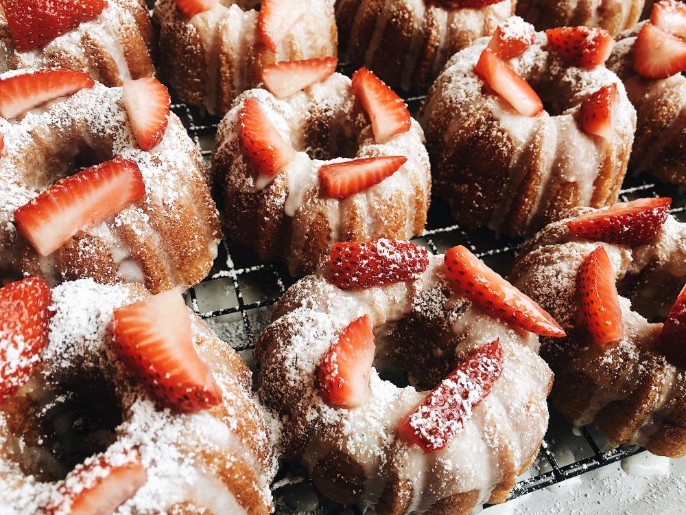 strawberryvanillabundts