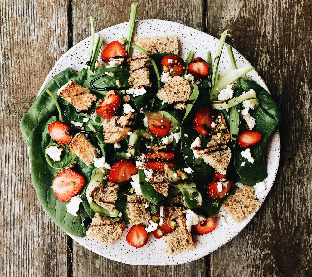 Spinach Salad_Horizontal 2
