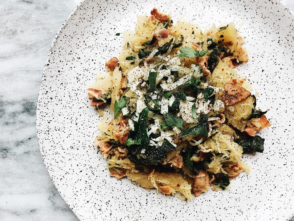 spaghetti squash and kale horizontal